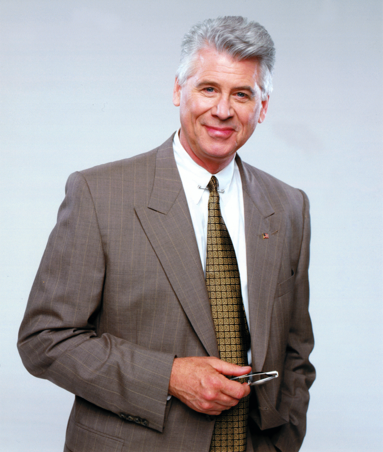 barry bostwick how tall